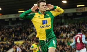 Jonny Howson of Norwich City celebrates his goal, 1-0, during the Barclays Premier League match between Norwich City and Aston Villa played at Carrow Road, Norwich on the 28th of December 2015